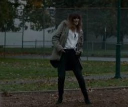 Anne Hathaway controls a giant monster in trailer for 'Colossal'