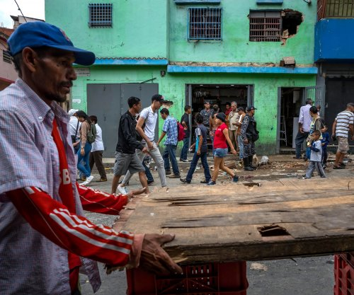 Venezuela food shortages prompt wave of looting