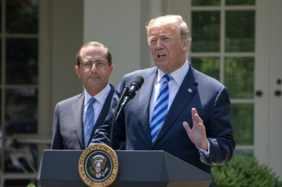 Trump to issue $1B in grants to states to fight opioids
