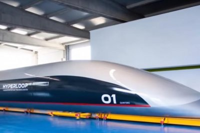 U.S. firm unveils hyperloop 'pod' to shuttle riders at 760 mph