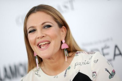 Drew Barrymore teases digital series ahead of daytime talk show