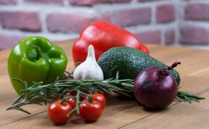 Study: Vegetarian diet lowers risk for cancer, heart disease