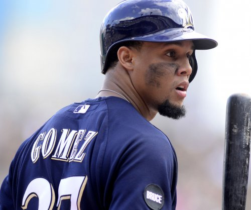 Milwaukee Brewers trade Carlos Gomez, Mike Fiers to Houston Astros