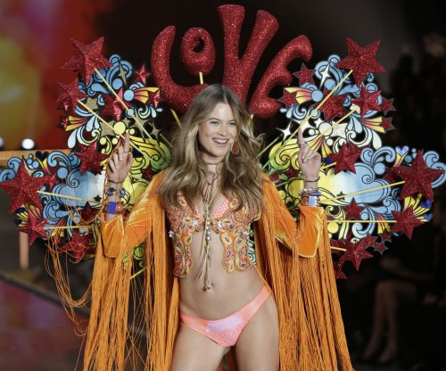13 best looks from the Victoria's Secret Fashion Show 2015