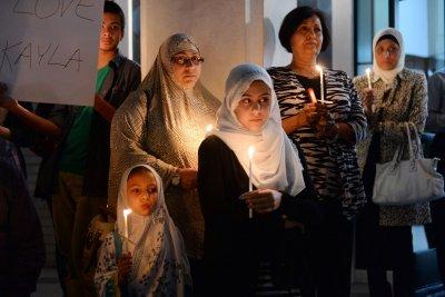 FBI: Hate crimes against Muslims up 70 percent in 2015