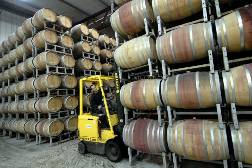 Retailer: Economy doesn't stop wine