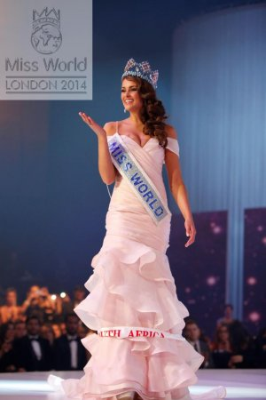 Miss South Africa Rolene Strauss is crowned 2014 Miss World in London