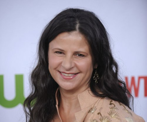 Comic actress Tracey Ullman's mom Doreen Skinner dies in house fire