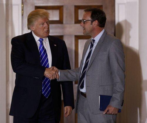 Trump picks billionaire Ross as commerce chief, Cubs' Ricketts as deputy
