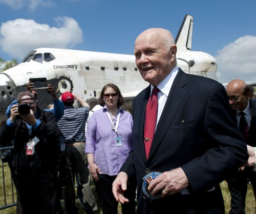John Glenn died before seeing NASA movie 'Hidden Figures,' director says