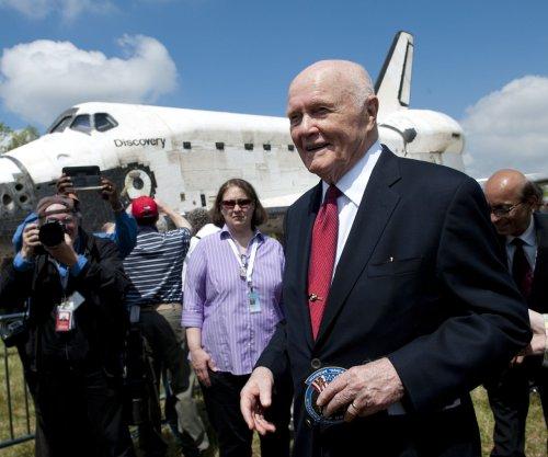 John Glenn died before seeing NASA movie 'Hidden Figures,' director says