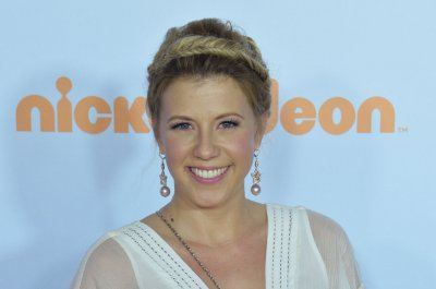 Jodie Sweetin thanks fans for support after arrest of ex-fiance