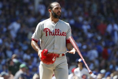 Phillies' Sean Rodriguez clubs 107-mph walk-off homer vs. Pirates