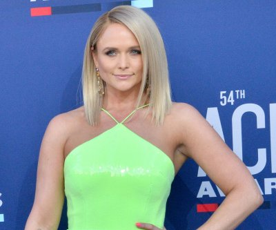 Miranda Lambert announces North American 'Wildcard' tour