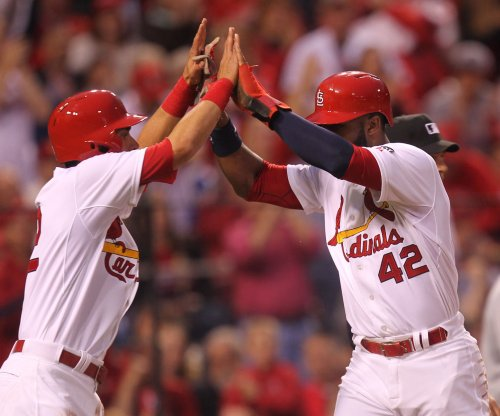 St. Louis Cardinals can Milwaukee Brewers