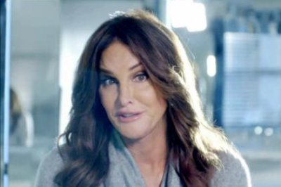 Caitlyn Jenner reflects in new 'I Am Cait' promo