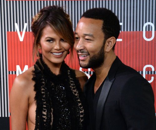 Chrissy Teigen voices support of Planned Parenthood despite criticism after shooting