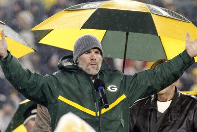 Pro Football Hall of Fame: Brett Favre may be only 2016 slam dunk