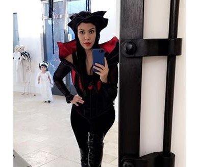 Kourtney Kardashian, daughter celebrate early Halloween