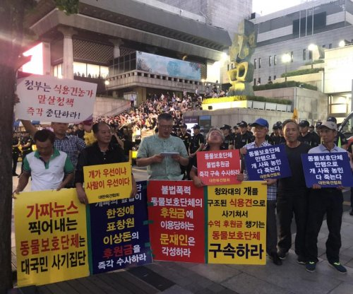 Animal rights groups protest dog meat consumption in Seoul
