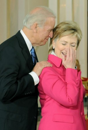 Biden, Clinton meet amid lingering questions over 2016 campaign