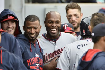 Torii Hunter powers surging Minnesota Twins past Cleveland Indians
