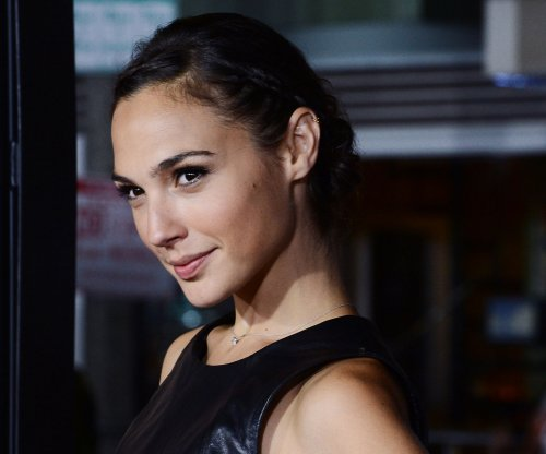 Gal Gadot shares Wonder Woman photo via Twitter