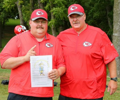Fake Andy Reid holds press conference for Kansas City Chiefs