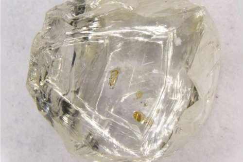 Ancient diamond 'inclusions' reveal shift in carbon cycle of early Earth