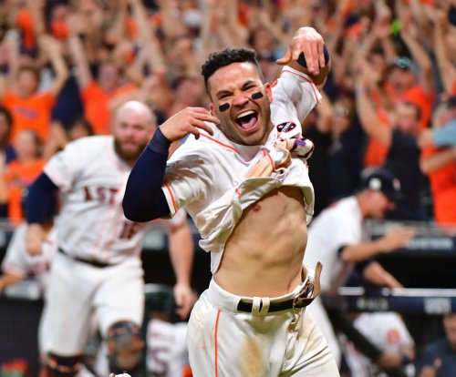 Jose Altuve standing tall again as Astros host Giants