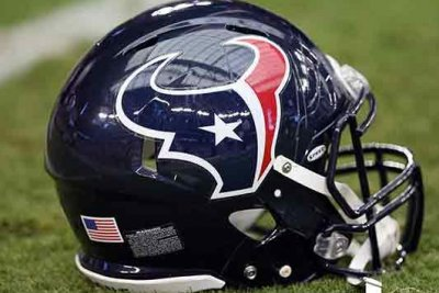 Texans' Coutee (hamstring) ruled out vs. Broncos
