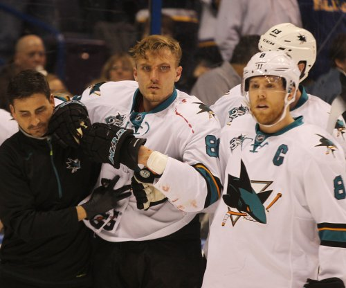 San Jose Sharks blast St. Louis Blues, extend road mastery