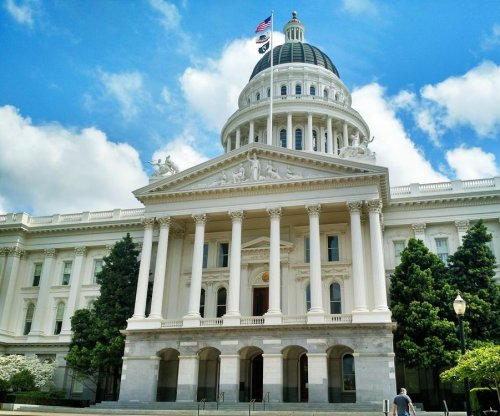 7 stabbed at California Capitol during clash between neo-Nazis, demonstrators