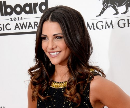 Andi Dorfman wishes ex Nick Viall well on 'The Bachelor'