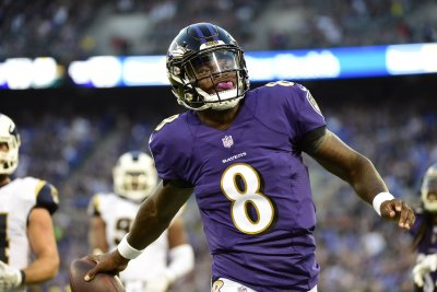 Ravens QB Lamar Jackson (illness) back at practice; Joe Flacco doubtful
