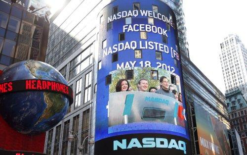 Suit filed over Zuckerberg stock dump