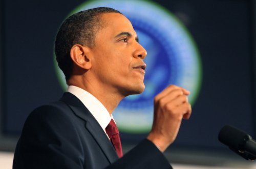 Obama seeks one-third drop in oil imports