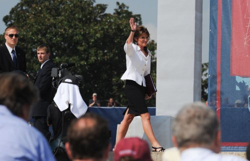Poll examines attitudes on Obama, Palin