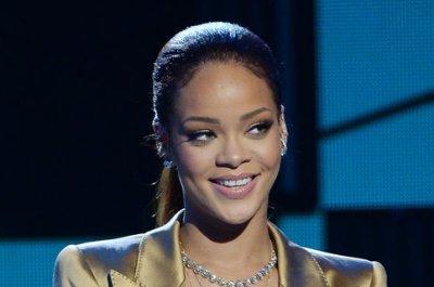 Rihanna slams Matt Barnes over dating rumors