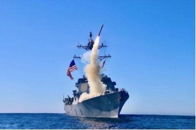 Coast Guard cutters join Navy destroyers in exercises