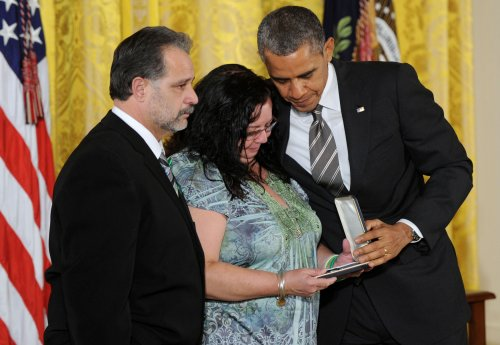 Sandy Hook staff honored at White House