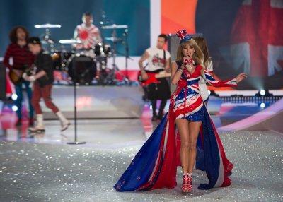 Taylor Swift diss by Victoria's Secret model a misunderstanding
