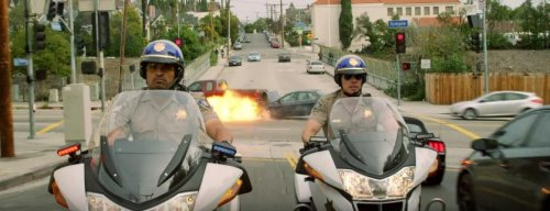 Dax Shepard, Michael Pena are unlikely partners in first trailer for 'CHiPs'