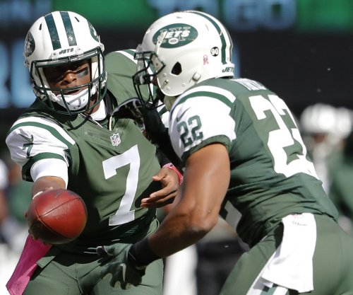 Ex-New York Jets QB Geno Smith meets with New York Giants