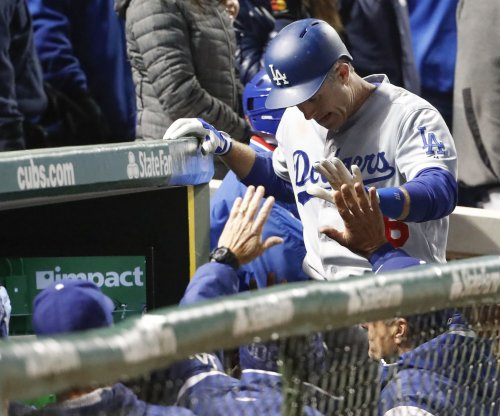 Los Angeles Dodgers shut out Chicago Cubs
