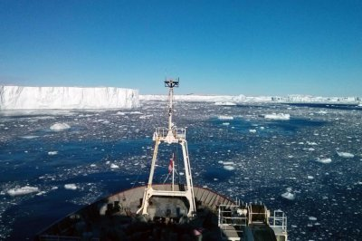 Volcanic heat source found beneath large Antarctic glacier