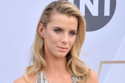 Betty Gilpin, RonReaco Lee join Neflix comedy, 'Coffee and Kareem'