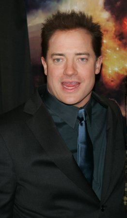 Brendan Fraser heads to Broadway