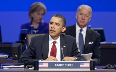 Obama's agenda lists closed-door meetings