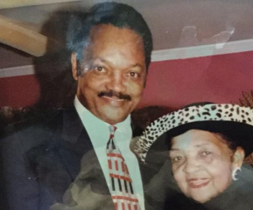 Rev. Jesse Jackon's mother dies